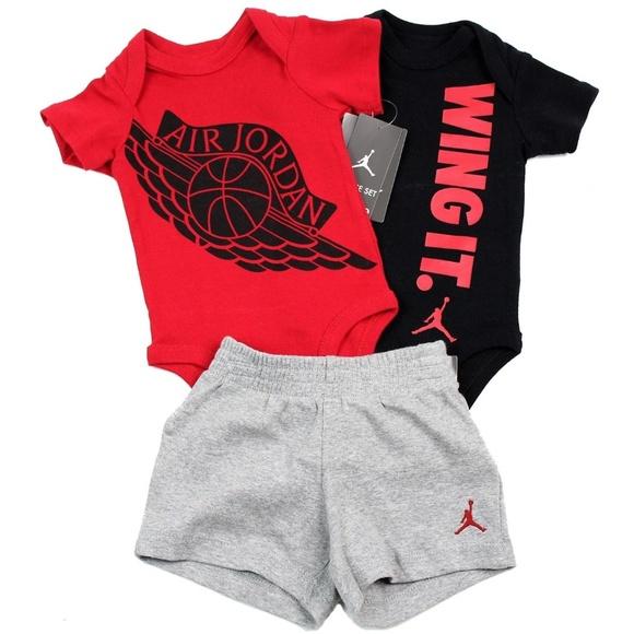 24e8e78d08488d Nike Air Jordan Baby Boy 3 Piece Set Size 0 3 M